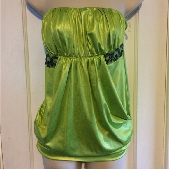 Studio Y Tops - Green night out elegant top